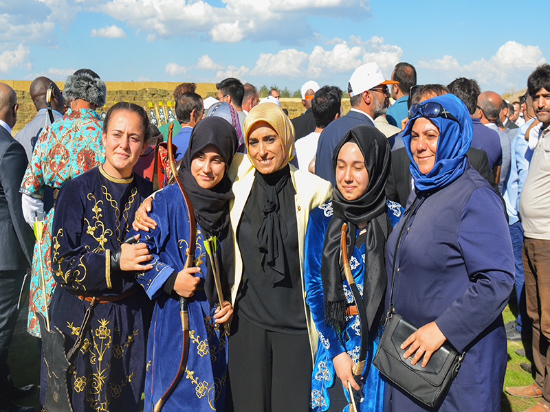 Female players participating in traditional festivals in Turkey